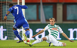 03.10.2013, Ernst Happel Stadion, Wien, AUT, UEFA Europa League, SK Rapid Wien vs Dynamo Kiew, Gruppe G, im Bild Jeremain Lens, (Dynamo Kiew, #7) und Christopher Dibon, (SK Rapid Wien, #17) // during a UEFA Europa League group G game between SK Rapid Vienna and Dynamo Kyiv at the Ernst Happel Stadion, Wien, Austria on 2013/10/03. EXPA Pictures © 2013, PhotoCredit: EXPA/ Thomas Haumer