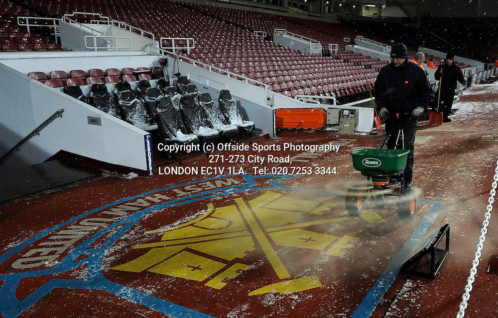 30/11/2010 Carling Cup football. West Ham V Manchester United.<br /> <br /> Photo: Kevin Quigley.