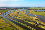 Nederland, Zuid-Holland, Elshout, 23-05-2011; Kinderdijk. De trekpleister voor toeristen: de molens van Kinderdijk staan op de Werelderfgoedlijst van de Unesco. The tourist attraction of the Netherlands: the windmills of Kinderdijk on World Heritage List of UNESCO..luchtfoto (toeslag), aerial photo (additional fee required).copyright foto/photo Siebe Swart