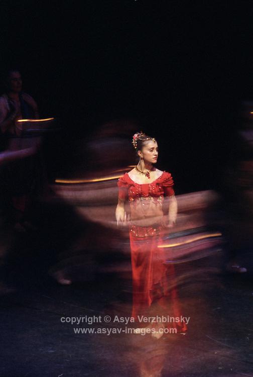 Royal Ballet Company in Natalia Makarova's staging of La Bayadere. Marianela Nunez as Gamzatti