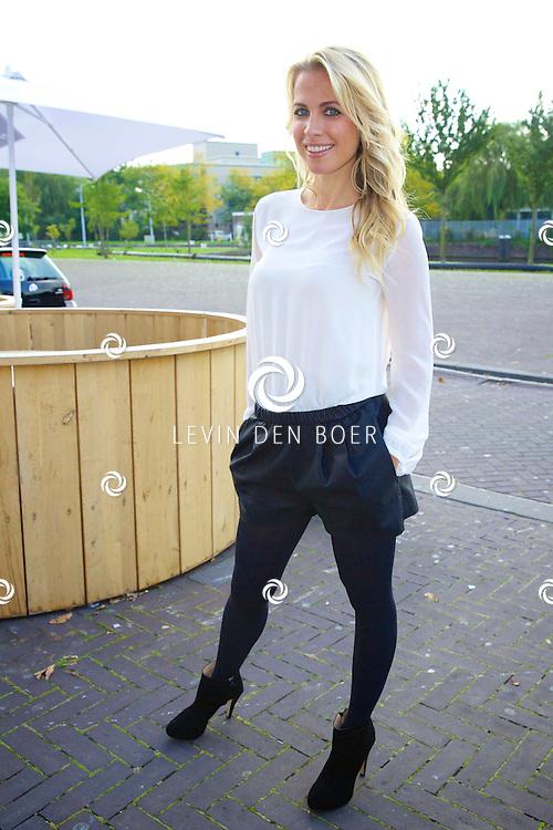 AMSTERDAM - Talkies Lifestylelunch bij The Oyster Club is een jaarlijks event. Met hier op de foto  Vivian Reijs. FOTO LEVIN DEN BOER - PERSFOTO.NU