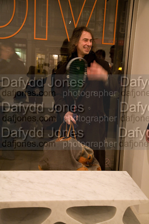 IVOR BRAKA, Exhibition of work by Marc Newson at the Gagosian Gallery, Davies st. London. afterwards at Mr. Chow, Knightsbridge. 5 March 2008.  *** Local Caption *** -DO NOT ARCHIVE-© Copyright Photograph by Dafydd Jones. 248 Clapham Rd. London SW9 0PZ. Tel 0207 820 0771. www.dafjones.com.