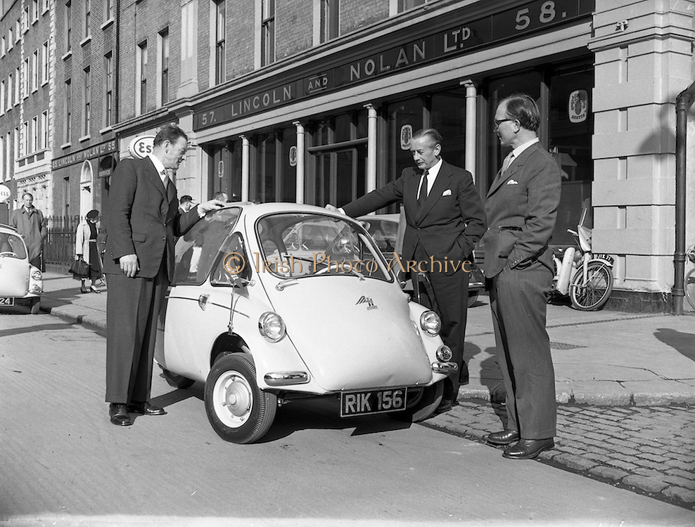 25/02/1957<br /> 02/25/1957<br /> 25 February 1957<br /> Heinkel &quot;Bubble&quot; car at Lincoln and Nolan Ltd. 57 Baggot Street, Dublin.