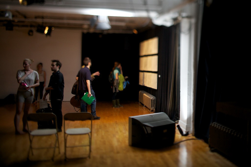 Art Matters presents We've Been Here Before..Through contemporary dance, video, installation, sculpture, painting and drawing Art Matters audience members explore a collective processes of familiarization...We've Been Here Before..CURATORS:.Allie Blumas & Anna Mayberry..ARTISTS FEATURED:.Albert Bouchard & Rebecca Patrick.MomoCoco.Gabriel Baribeau.Stephanie Robert & Lindsay Hutton.Cameron Bates & Thomas Holmes.Taylor Cada, Nicole Levac, Fen Prior-Delahanty & Kate Metten.Greg Selinger.Lee Gelbloom.Milan Panet-Gignon.Jessica Campbell.Heather Stewart.John Gunner.Janaki Banting & Jeff Clifford