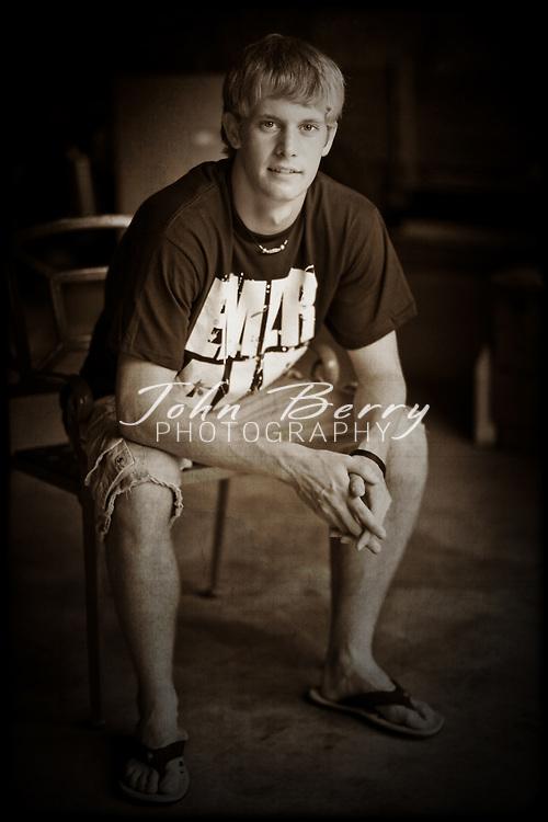 Alex BeVille .Senior Photos .William Monroe High School .8/10/09