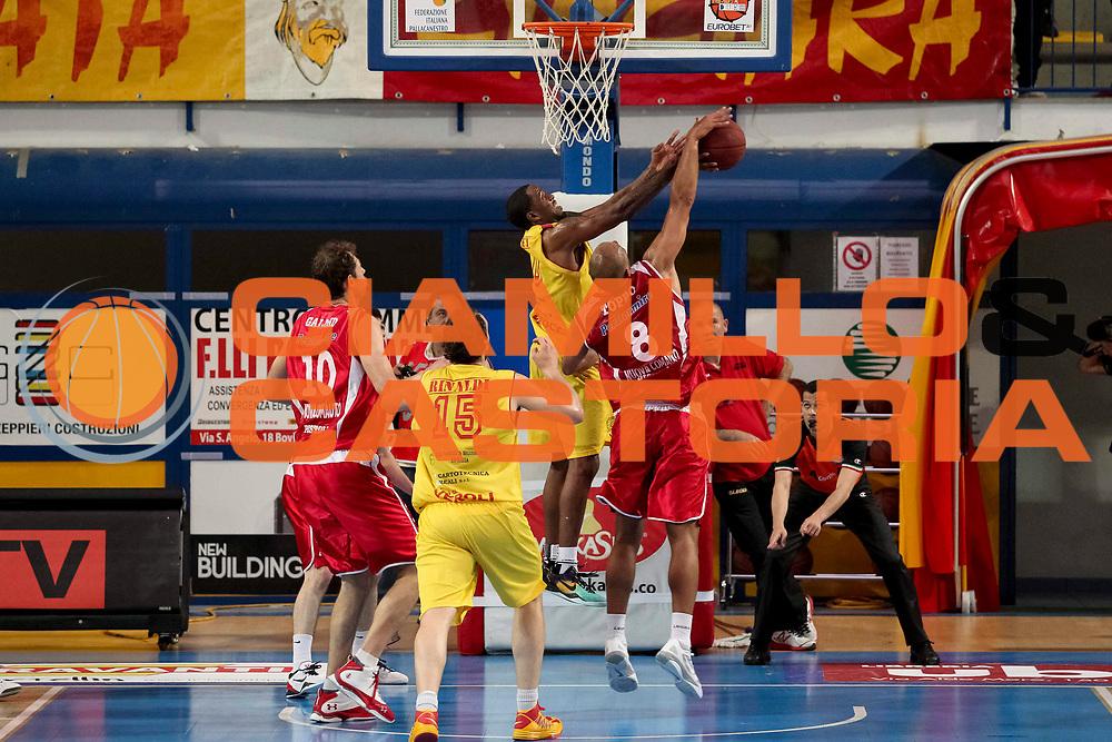 DESCRIZIONE : Veroli Campionato Lega A2 2012-2013  Prima Veroli Giorgio Tesi Group Pistoia<br /> GIOCATORE : Fiorello Toppo<br /> CATEGORIA : stoppata controcampo <br /> SQUADRA : Giorgio Tesi Group Pistoia<br /> EVENTO : Campionato Lega A2 2012-2013<br /> GARA: Prima Veroli Giorgio Tesi Group Pistoia<br /> DATA : 05/05/2013<br /> SPORT : Pallacanestro <br /> AUTORE : Agenzia Ciamillo-Castoria/N. Dalla Mura<br /> Galleria : Lega Basket A2 2012-2013 <br /> Fotonotizia : Veroli Campionato Lega A2 2012-2013  Prima Veroli Giorgio Tesi Group Pistoia