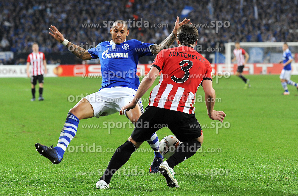 29.03.2012, Veltins Arena, Gelsenkirchen, GER, UEFA EL, Viertelfinal-Hinspiel, FC Schalke 04 (GER) vs Athletic Club Bilbao (ESP), im Bild Jermaine Jones ( links Schalke 04 ) im Zweikampf mit Jon Aurtenetxe ( rechts Athletic Club Bilbao/ Action/ Aktion ) // during the UEFA Europa League, Quarter-final first leg Match between FC Schalke 04 (GER) and Athletic Club Bilbao (ESP) at the Veltins Arena, Gelsenkirchen, Germany on 2012/03/29. EXPA Pictures © 2012, PhotoCredit: EXPA/ Eibner/ Thomas Thienel..***** ATTENTION - OUT OF GER *****