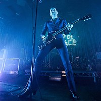 Glasgow, Scotland, UK. 5th October, 2018. Miles Kane gives an enegetic performance at the world famous Barrowlands Ballroom (The Barra), Glasgow Great Britain. Credit: Stuart Westwood/Alamy Live News