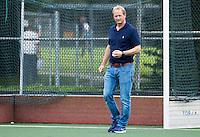 AMSTELVEEN - Hockey - Coach Simon Organ (Hurley)  voorde hoofdklassewedstrijd heren HURLEY-PINOKE (1-1). COPYRIGHT KOEN SUYK.