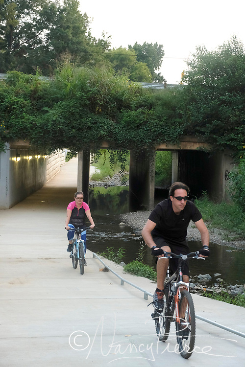 Litle Sugar Creek Greenway underpass at Parkwood Avenue.  This photo was taken from the Cordelia Park side of the bridge.