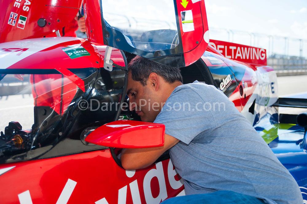 #0 Claro / TracFone DeltaWing Racing DeltaWing DWC13: Memo Rojas, Katherine Legge, Juan Pablo Montoya