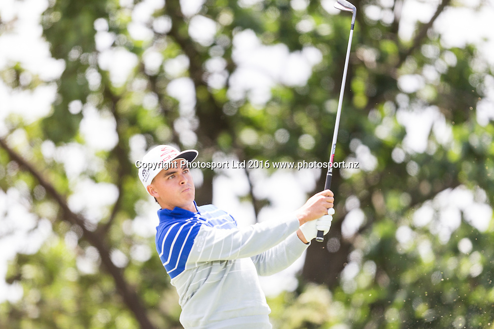 Richie Fowler (USA)  tees off during the round 1 of the World Cup of Golf at Kingston Heath Golf Club, Melbourne Australia. Thursday 24th November 2016. Copyright Photo Brendon Ratnayake / www.photosport.nz