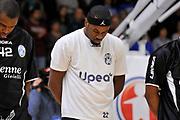 DESCRIZIONE : Campionato 2014/15 Serie A Beko Dinamo Banco di Sardegna Sassari - Upea Capo D'Orlando <br /> GIOCATORE : Henry Sek<br /> CATEGORIA : Before Pregame<br /> SQUADRA : Upea Capo D'Orlando<br /> EVENTO : LegaBasket Serie A Beko 2014/2015 <br /> GARA : Dinamo Banco di Sardegna Sassari - Upea Capo D'Orlando <br /> DATA : 22/03/2015 <br /> SPORT : Pallacanestro <br /> AUTORE : Agenzia Ciamillo-Castoria/C.Atzori <br /> Galleria : LegaBasket Serie A Beko 2014/2015