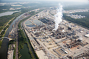 This Citgo Lemont refinery processes 45,000 barrels per day of tar sands oil in 2013.
