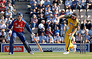 2005 Twenty/20 Cricket England vs Australia, The Rose Bowl, Southampton, Hampshire, ENGLAND 13.06.2005, Jason Gillespie delivers.Photo  Peter Spurrier. .email images@intersport-images...