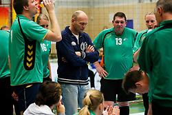 11-05-2013 VOLLEYBAL: NK ZITVOLLEYBAL : BELFELD<br /> BVC Holyoke wint met 3-2 van Kindercentrum Alterno, Coach Jouke de Haan van Kindercentrum Alterno<br /> &copy;2013-FotoHoogendoorn.nl / Pim Waslander