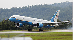 08/29/17 US Air Force One Touchdown in Bridgeport