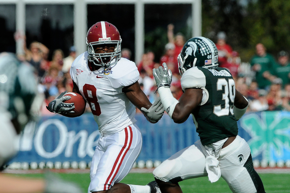 January 1, 2011: Julio Jones of the Alabama Crimson Tide in action during the NCAA football game between Michigan State Spartans and the Alabama Crimson Tide at the 2011 Capital One Bowl in Orlando, Florida. Alabama defeated Michigan State 49-7.