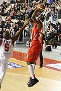 DESCRIZIONE : Roma Campionato Lega A 2013-14 Acea Virtus Roma EA7 Emporio Armani Milano <br /> GIOCATORE : Keith Langford<br /> CATEGORIA : tiro<br /> SQUADRA : EA7 Emporio Armani Milano <br /> EVENTO : Campionato Lega A 2013-2014<br /> GARA : Acea Virtus Roma EA7 Emporio Armani Milano <br /> DATA : 02/12/2013<br /> SPORT : Pallacanestro<br /> AUTORE : Agenzia Ciamillo-Castoria/M.Simoni<br /> Galleria : Lega Basket A 2013-2014<br /> Fotonotizia : Roma Campionato Lega A 2013-14 Acea Virtus Roma EA7 Emporio Armani Milano <br /> Predefinita :