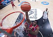 DESCRIZIONE : Beko Legabasket Serie A 2015- 2016 EA7 Emporio Armani Olimpia Milano - Sidigas Scandone Avellino<br /> GIOCATORE : Jamel McLean<br /> CATEGORIA : special schiacciata<br /> SQUADRA : EA7 Emporio Armani Olimpia Milano<br /> EVENTO : Beko Legabasket Serie A 2015-2016<br /> GARA : EA7 Emporio Armani Olimpia Milano  - Sidigas Scandone Avellino<br /> DATA : 31/01/2016<br /> SPORT : Pallacanestro <br /> AUTORE : Agenzia Ciamillo-Castoria/R.Morgano