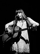 Joni Mitchell,Troubadour, West Hollywood, 1968