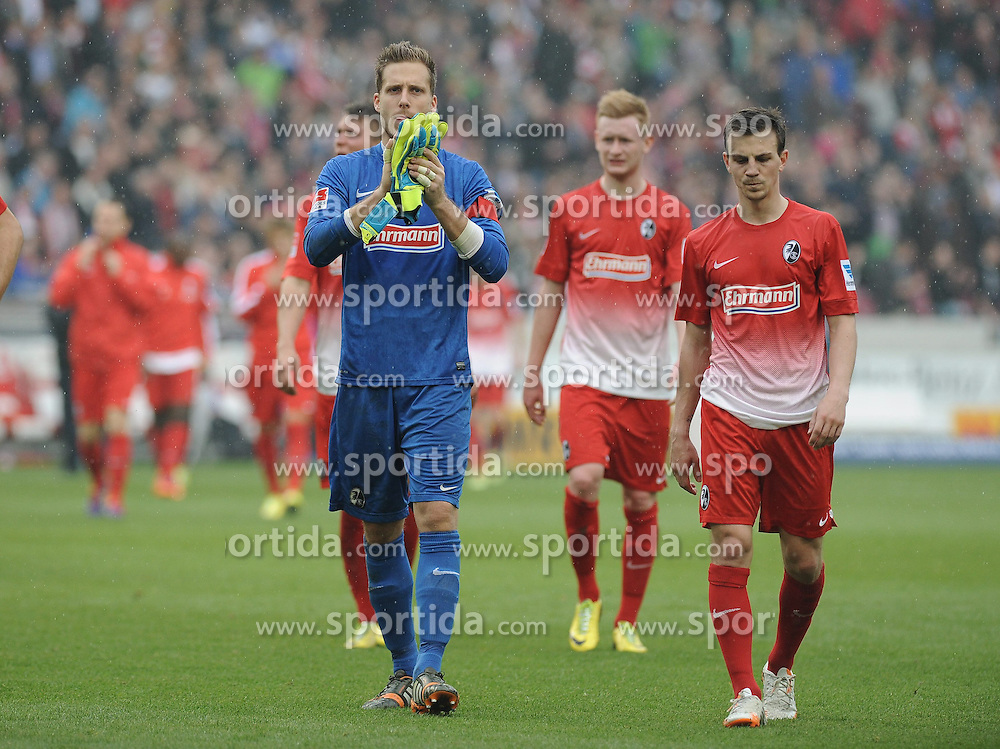05.04.2014, Mercedes Benz Arena, Stuttgart, GER, 1. FBL, VfB Stuttgart vs SC Freiburg, 29. Runde, im Bild (v.l.n.r.) Oliver Baumann (Torwart / Goalie SC Freiburg) Vladimir Darida (SC Freiburg) // during the German Bundesliga 29th round match between VfB Stuttgart and SC Freiburg at the Mercedes Benz Arena in Stuttgart, Germany on 2014/04/05. EXPA Pictures &copy; 2014, PhotoCredit: EXPA/ Eibner-Pressefoto/ Laegler<br /> <br /> *****ATTENTION - OUT of GER*****