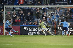 April 29, 2018 - Bronx, New York, United States - New York City forward DAVID VILLA (7) scores his first goal of the game and career 400th goal during a regular season match at Yankee Stadium in Bronx, NY.  NYCFC defeats FC Dallas 3 to 1. (Credit Image: © Mark Smith via ZUMA Wire)