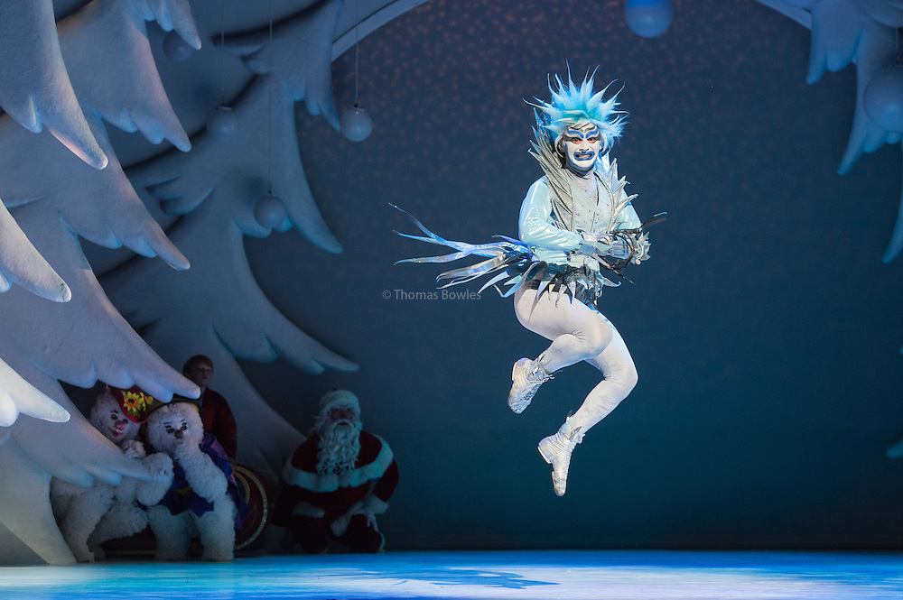 London,  UK, 26th November  2014, Dress Rehearsal of The Snowman at the Peacock Theatre.  Domenico Ramelli as Jack Frost.<br /> <br />  &copy; Thomas Bowles