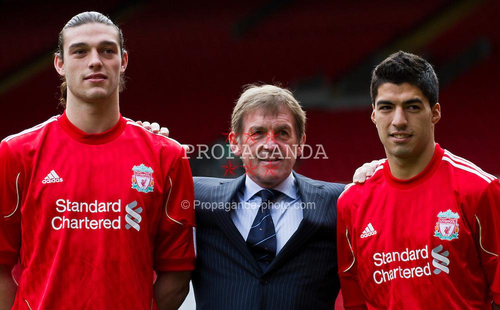 110203-08-Suarez-and-Carroll-press-conference.jpg