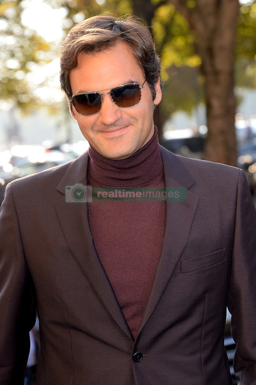 Roger Federer arriving at the Chanel show as a part of Paris Fashion Week Ready to Wear Spring/Summer 2017 on October 4, 2016 in Paris, France. Photo by Julien Reynaud/APS-Medias/ABACAPRESS.COM