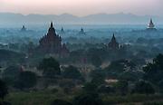 Bagan - Buddhist pagodas on the Irawaddy