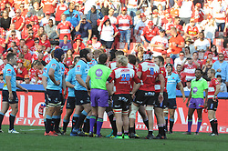 28-07-18 Emirates Airline Park, Johannesburg. Super Rugby semi-final Emirates Lions vs NSW Waratahs. 2nd half. Both teams get into a heated moment. <br />  Picture: Karen Sandison/African News Agency (ANA)