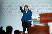 07 DEC 2018, HAMBURG/GERMANY:<br /> Angela Merkel, CDU, Bundeskanzlerin, nach Ihrer letzten Rede als Parteivorsitzende, CDU Bundesparteitag, Messe Hamburg<br /> IMAGE: 20181207-01-051<br /> KEYWORDS: party congress, Appluas, applaudiren, klatschen, Jubel