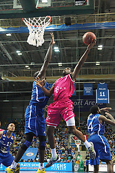 09.11.2013, Fraport Arena, Frankfurrt, GER, Beko Basketball BL, Fraport Skyliners vs Telekom Baskets Bonn, 8. Runde, im Bild Ryan Brooks (Telekom Baskets Bonn) beim Zug zum korb gegen Aziz N¥Diaye (Fraport Skyliners), Ramon Galloway, (Frankfurt), Action / Aktion // during the Beko Basketball Bundes league 8. round match between Fraport Skyliners and Telekom Baskets Bonn at the Fraport Arena in Frankfurrt, Germany on 2013/11/10. EXPA Pictures © 2013, PhotoCredit: EXPA/ Eibner-Pressefoto/ Bermel<br /> <br /> *****ATTENTION - OUT of GER*****