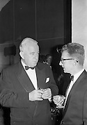 20/10/1962<br /> 10/20/1962<br /> 20 October 1962<br /> Edward Dillon and Co. Ltd reception at the Gresham Hotel, Dublin. Pictured prior to the Irish Hotelier Federation Dinner Dance was Mr. Martin Gleeson (left) C.E.O. Vocational and Educational Committee and Mr Michael Gorman, Publicity Manager I.T.A..