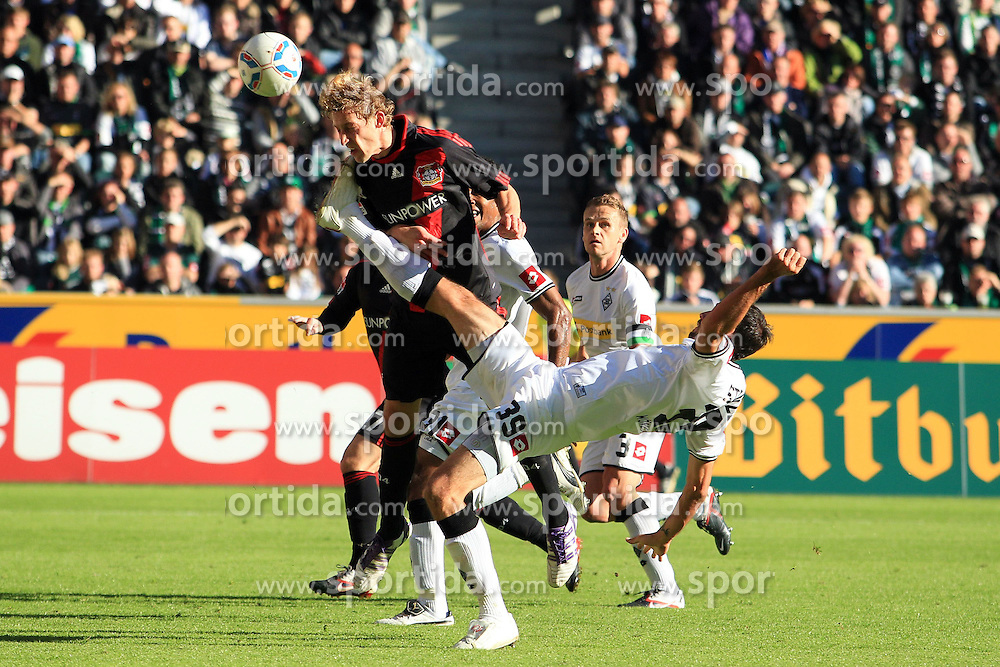 15.10.2011,  BorussiaPark, Mönchengladbach, GER, 1.FBL, Borussia Mönchengladbach vs Bayer 04 Leverkusen, im Bild.Stefan Kiessling (Leverkusen #11) gegen Martin Stranzl (Mönchengladbach #39)..// during the 1.FBL, Borussia Mönchengladbach vs Bayer 04 Leverkusen on 2011/10/13, BorussiaPark, Mönchengladbach, Germany. EXPA Pictures © 2011, PhotoCredit: EXPA/ nph/  Mueller *** Local Caption ***       ****** out of GER / CRO  / BEL ******
