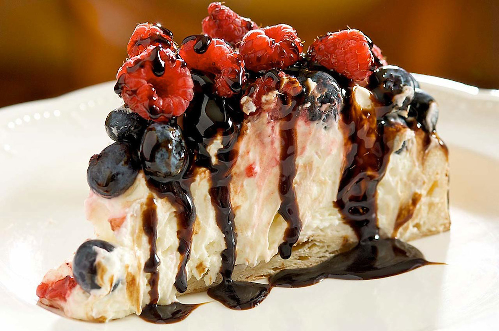 Mascarpone Cheese Cake with Balsamic Drizzle