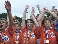 Hockey: Europacup I voor mannen. finale: Bloemendaal-Harvestehude(Duitsl.) 3-1. Vreugde bij Bloemendaal.