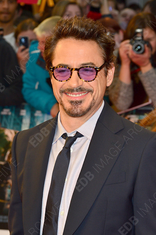 19.APRIL.2012. LONDON<br /> <br /> AVENGERS PREMIERE AT THE VUE CINEMA IN WESTFIELDS, WHITE CITY, LONDON<br /> <br /> BYLINE: EDBIMAGEARCHIVE.COM<br /> <br /> *THIS IMAGE IS STRICTLY FOR UK NEWSPAPERS AND MAGAZINES ONLY*<br /> *FOR WORLD WIDE SALES AND WEB USE PLEASE CONTACT EDBIMAGEARCHIVE - 0208 954 5968*
