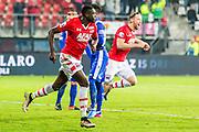 ALKMAAR - 25-01-2017, AZ - sc Heerenveen, AFAS Stadion, AZ speler Derrick Luckassen heeft de 1-0 gescoord, AZ speler Rens van Eijden