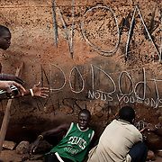November 17th 2013,  following the death of Magistrate Bria and a soldier by the Seleka in Bangui, the youth demonstrate and ask for the demission of the President Djotodia. <br /> A few moments later, the Seleka intervene and shoot at the crowd, killing two and wounded one.