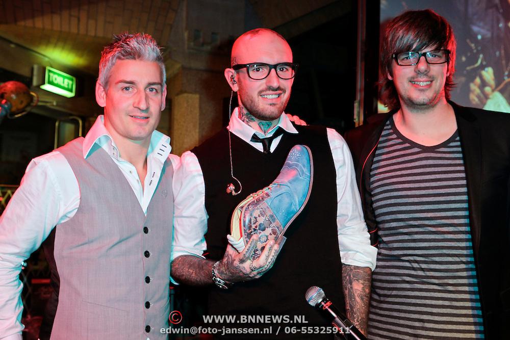 NLD/Amsterdam/20111207- Presentatie Rehab schoenen van Ben Saunders,