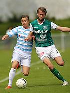 FODBOLD: André Riel (FC Helsingør) presses af Søren Jensen (Næstved) under kampen i Bet25 Ligaen mellem FC Helsingør og Næstved Boldklub den 2. august 2015 på Helsingør Stadion. Foto: Claus Birch