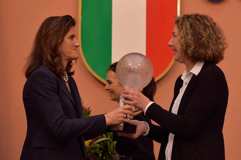DESCRIZIONE : Roma Basket Day Hall of Fame 2014<br /> GIOCATORE : Mara Fullin Sandra Palombarini<br /> SQUADRA : FIP Federazione Italiana Pallacanestro <br /> EVENTO : Basket Day Hall of Fame 2014<br /> GARA : Roma Basket Day Hall of Fame 2014<br /> DATA : 22/03/2015<br /> CATEGORIA : Premiazione<br /> SPORT : Pallacanestro <br /> AUTORE : Agenzia Ciamillo-Castoria/GiulioCiamillo