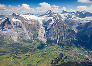 Postkarte A6: Wetterhorn, Bärglistock, Lauteraarhorn, Schreckhorn, Finsteraarhorn, Fiescherhörner, oberer- und unterer Grindelwaldgletscher, Grindelwald (6131)