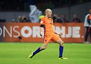 AMSTERDAM, NEDERL&Auml;NDERNA - 2017-10-10: Arjen Robben jublar efter att ha gjort 2-0 under FIFA 2018 World Cup Qualifier mellan Nederl&auml;nderna och Sverige p&aring; Amsterdam ArenA den 10 oktober, 2017 i Amsterdam, Nederl&auml;nderna. <br /> Foto: Nils Petter Nilsson/Ombrello<br /> ***BETALBILD***