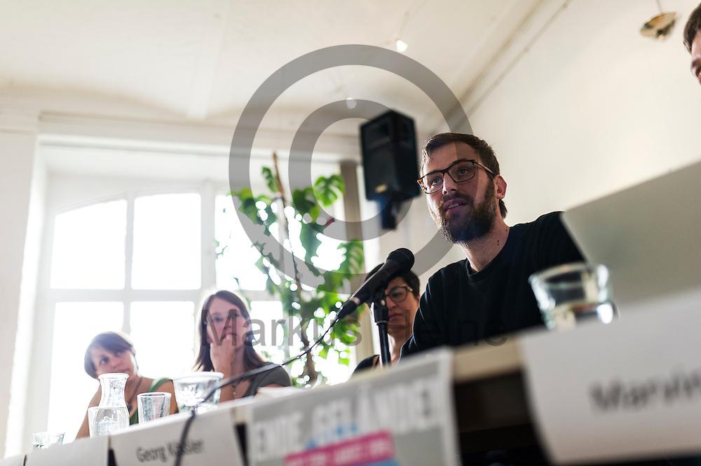 Georg K&ouml;ssler spricht w&auml;hrend der Pressekonferenz von Ende Gel&auml;nde am 11.05.2016 in Berlin, Deutschland. Kommendes Wochenende plant ein breites Aktionsb&uuml;ndnis Aktionen des zivilen Ungehorsams gegen den Braunkohleabbau in der Lausitz. Foto: Markus Heine / heineimaging<br /> <br /> ------------------------------<br /> <br /> Ver&ouml;ffentlichung nur mit Fotografennennung, sowie gegen Honorar und Belegexemplar.<br /> <br /> Bankverbindung:<br /> IBAN: DE65660908000004437497<br /> BIC CODE: GENODE61BBB<br /> Badische Beamten Bank Karlsruhe<br /> <br /> USt-IdNr: DE291853306<br /> <br /> Please note:<br /> All rights reserved! Don't publish without copyright!<br /> <br /> Stand: 05.2016<br /> <br /> ------------------------------w&auml;hrend der Pressekonferenz von Ende Gel&auml;nde am 11.05.2016 in Berlin, Deutschland. Kommendes Wochenende plant ein breites Aktionsb&uuml;ndnis Aktionen des zivilen Ungehorsams gegen den Braunkohleabbau in der Lausitz. Foto: Markus Heine / heineimaging<br /> <br /> ------------------------------<br /> <br /> Ver&ouml;ffentlichung nur mit Fotografennennung, sowie gegen Honorar und Belegexemplar.<br /> <br /> Bankverbindung:<br /> IBAN: DE65660908000004437497<br /> BIC CODE: GENODE61BBB<br /> Badische Beamten Bank Karlsruhe<br /> <br /> USt-IdNr: DE291853306<br /> <br /> Please note:<br /> All rights reserved! Don't publish without copyright!<br /> <br /> Stand: 05.2016<br /> <br /> ------------------------------