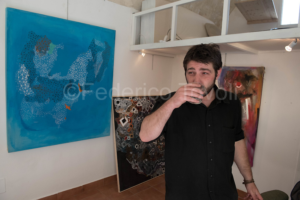 Angelo Lamacchia, young painter that work in the Sasso Caveoso
