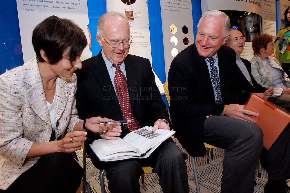 Santa Clara, CA - JUNE 15:   (L-R) Author Leslie Berlin, Gordon Moore, Craig Barrett, Andy Grove and Ann Bowers before Intel Corporation dedicated an exhibit celebrating the life and accomplishments of co-founder Robert Noyce on June 16, 2005 in Santa Clara, California.  Photo by David Paul Morris