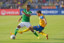 10.08.2013, Eintracht Stadion, Braunschweig, GER, 1. FBL, Eintracht Braunschweig vs SV Werder Bremen, 1. Runde, im Bild Theodor Gebre Selassie (Bremen #23) am Ball, Omar Elabdellaoui (Eintracht Braunschweig #14) in der Abwehr  during the German Bundesliga 1st round match between Eintracht Braunschweig and SV Werder Bremen at the Eintracht stadium, Braunschweig, Germany on 2013/08/10. EXPA Pictures © 2013, PhotoCredit: EXPA/ Andreas Gumz <br /> <br /> *****ATTENTION - OUT OF GER*****